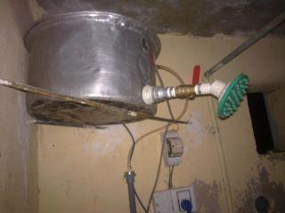 Funny Indian Shower for Bathing, Indian Jugaad Pictures @FunkyPhotos.org