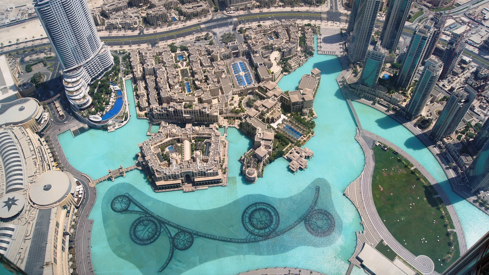 At The Top Burj Khalifa Experience – The Scenic Sights from the Summit of the Middle East