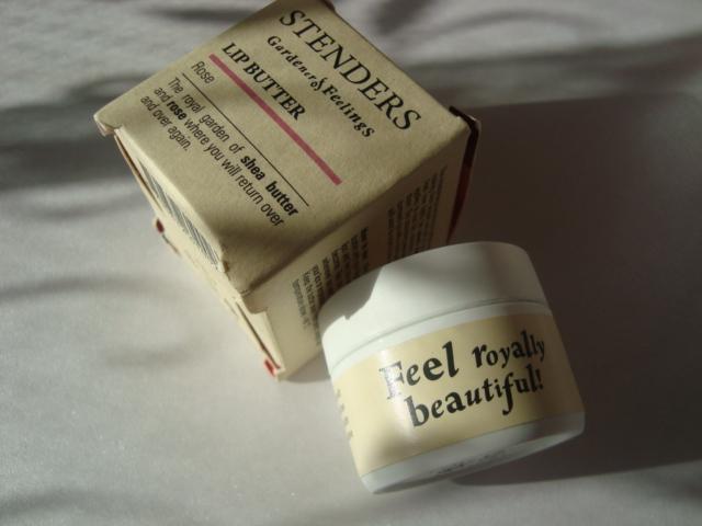 Kosmetyk od STENDERS w mojej kosmetyczce. Rożane masło do ust.
