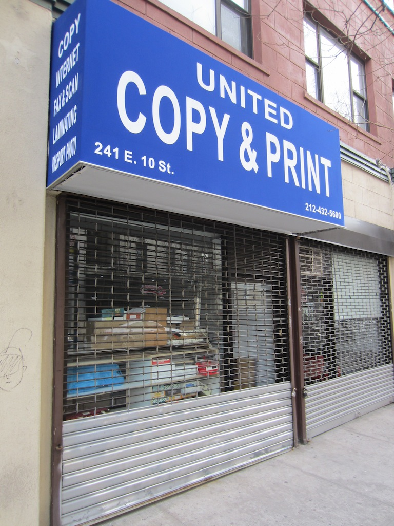 Ev grieve the empty storefronts of east 10th street for 10th street salon