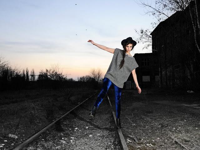 Annlyse//leggins and top Antoniya ivanova