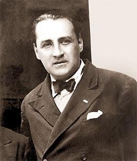Víctor Raúl Haya de la Torre joven