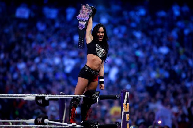 AJ Lee Returns WWE Monday Night Raw Paige Knight Family