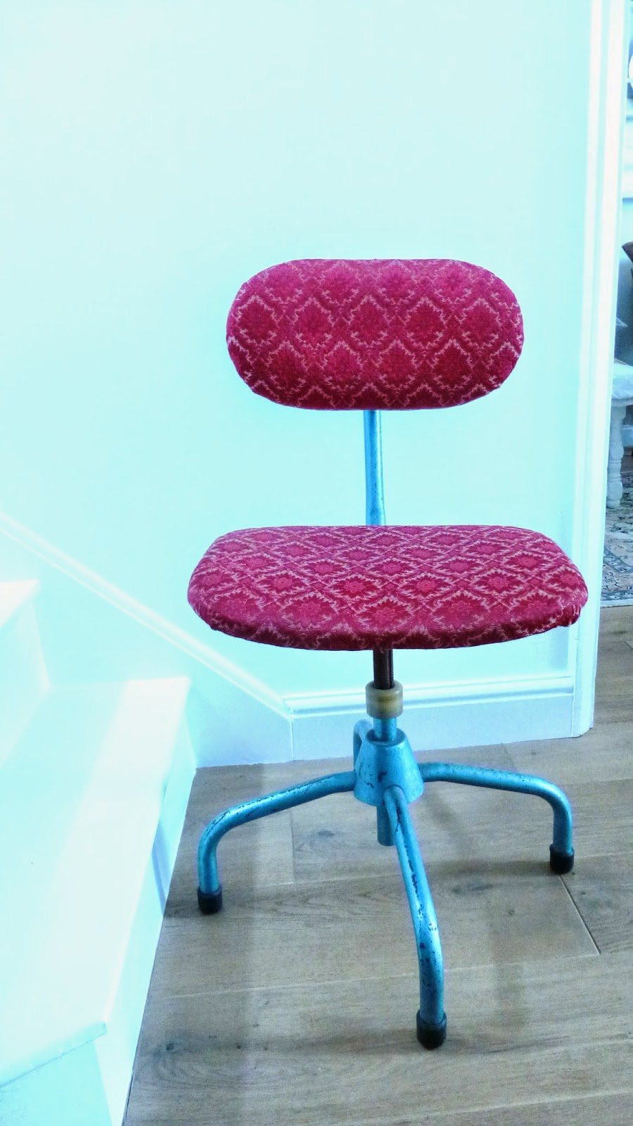 office chair makeover. Remember This Vintage Office Chair I Found At The Flea Market? Yeah, It Was Ages Ago. Makeover F