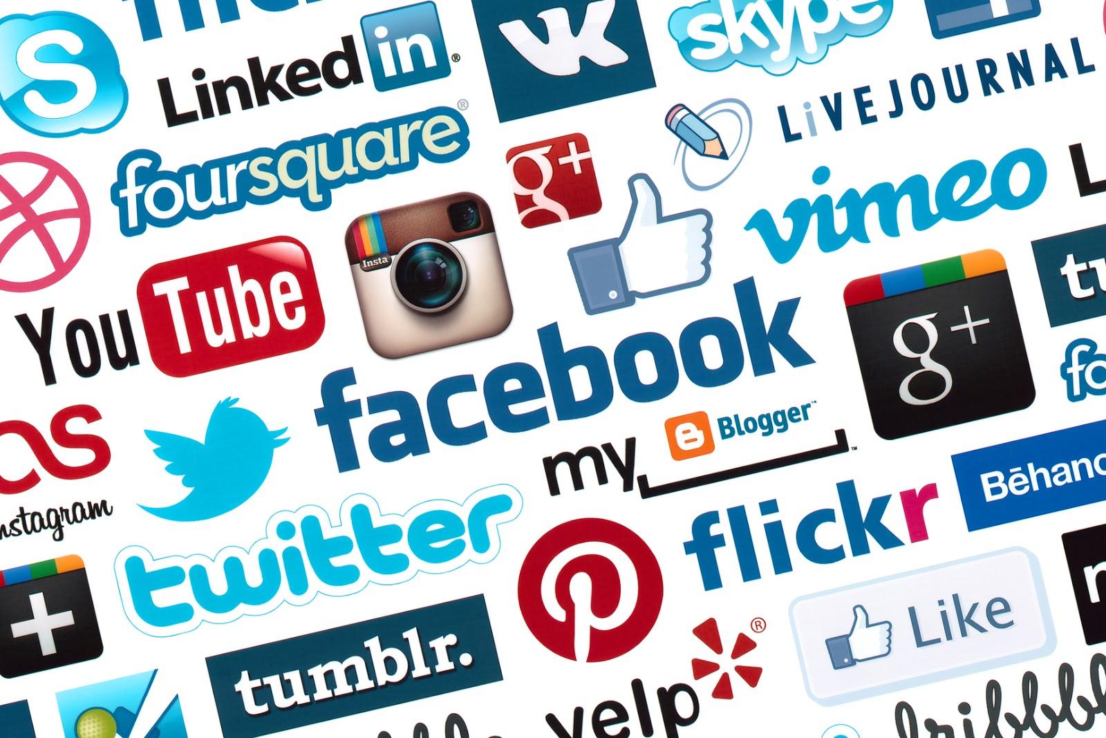 Günümüzde yüzlerce sosyal medya sitesi mevcut en popüler sosyal