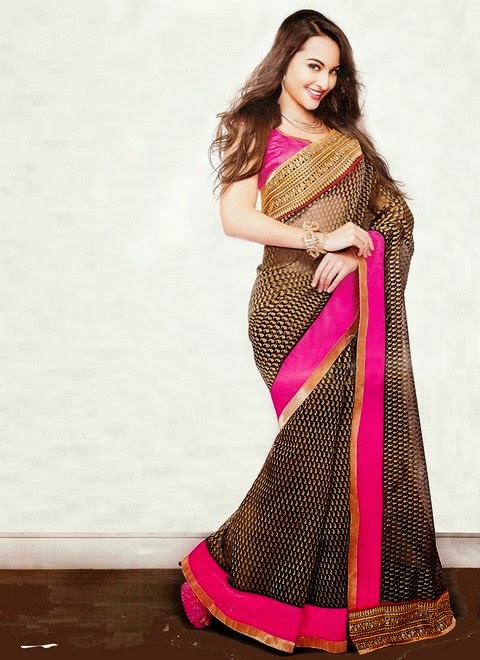 Sonakshi Sinha Bollywood Celebrity in Printed Saree