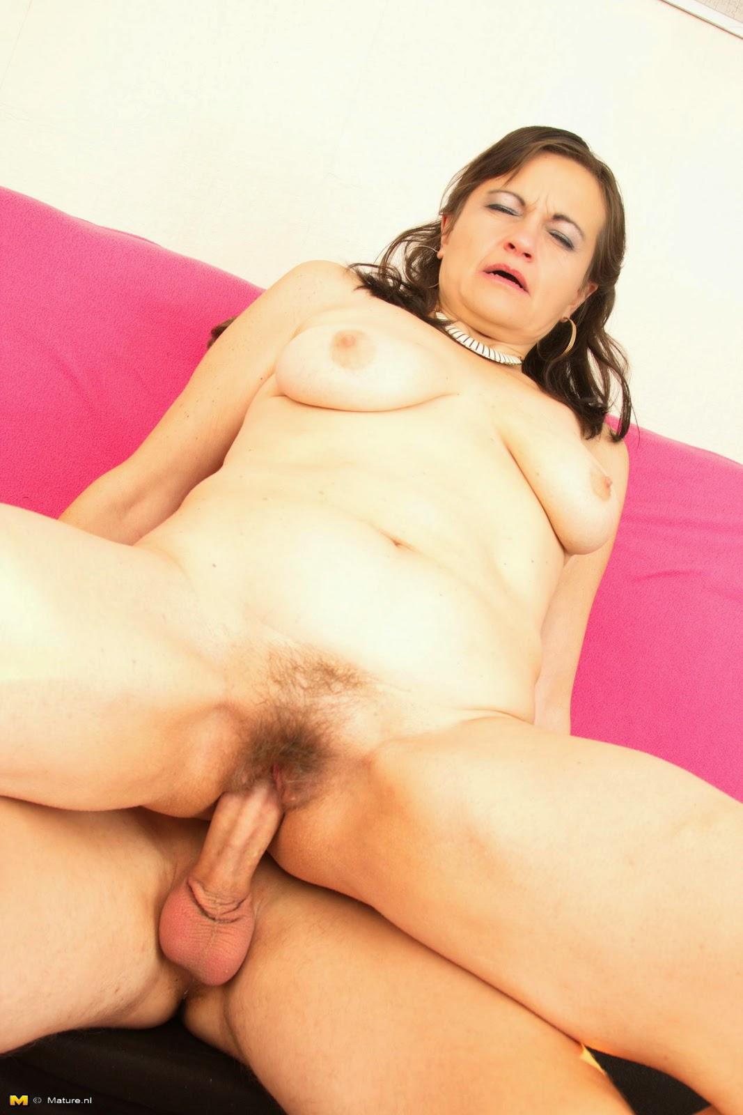 mature espagnole maitresse dominatrice lyon