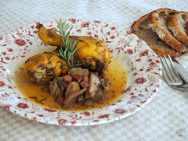 Fricasé de pollo, con verduras y setas