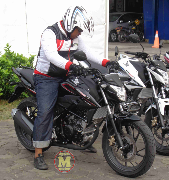 Pilihan Warna All New Honda CB150R Special Edition