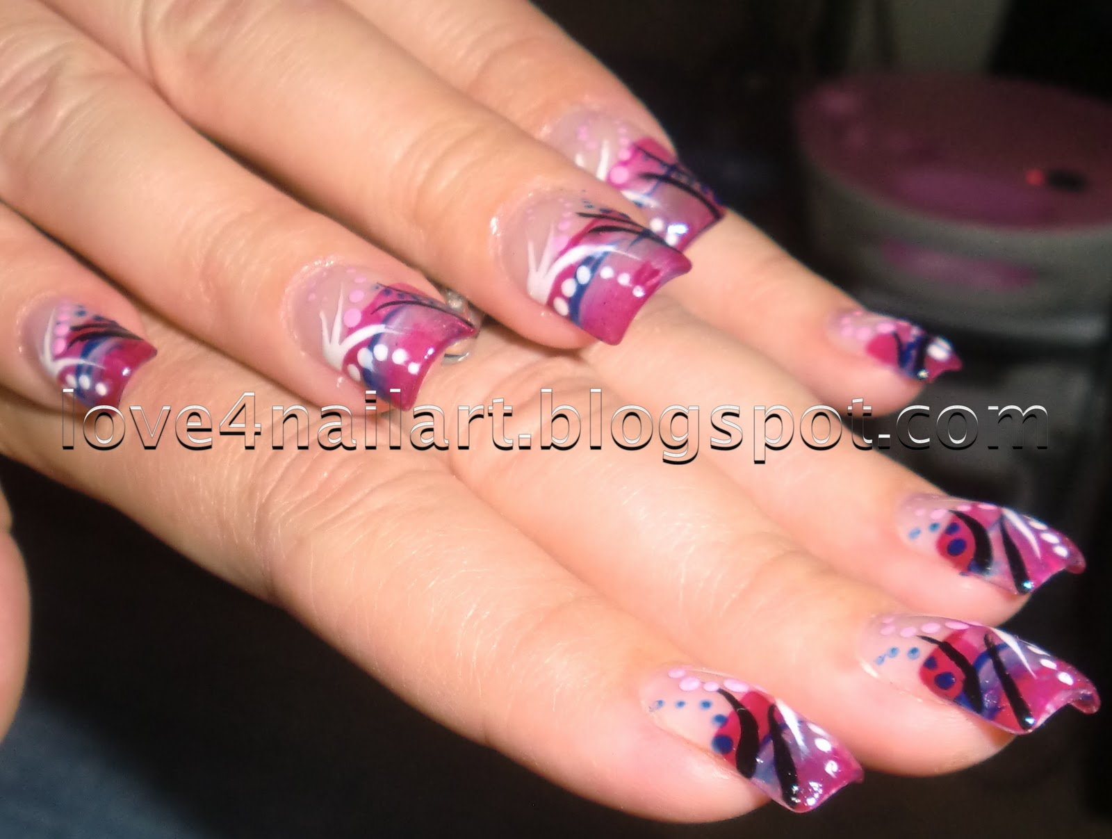 Love4NailArt: Cool Abstract Nail Art