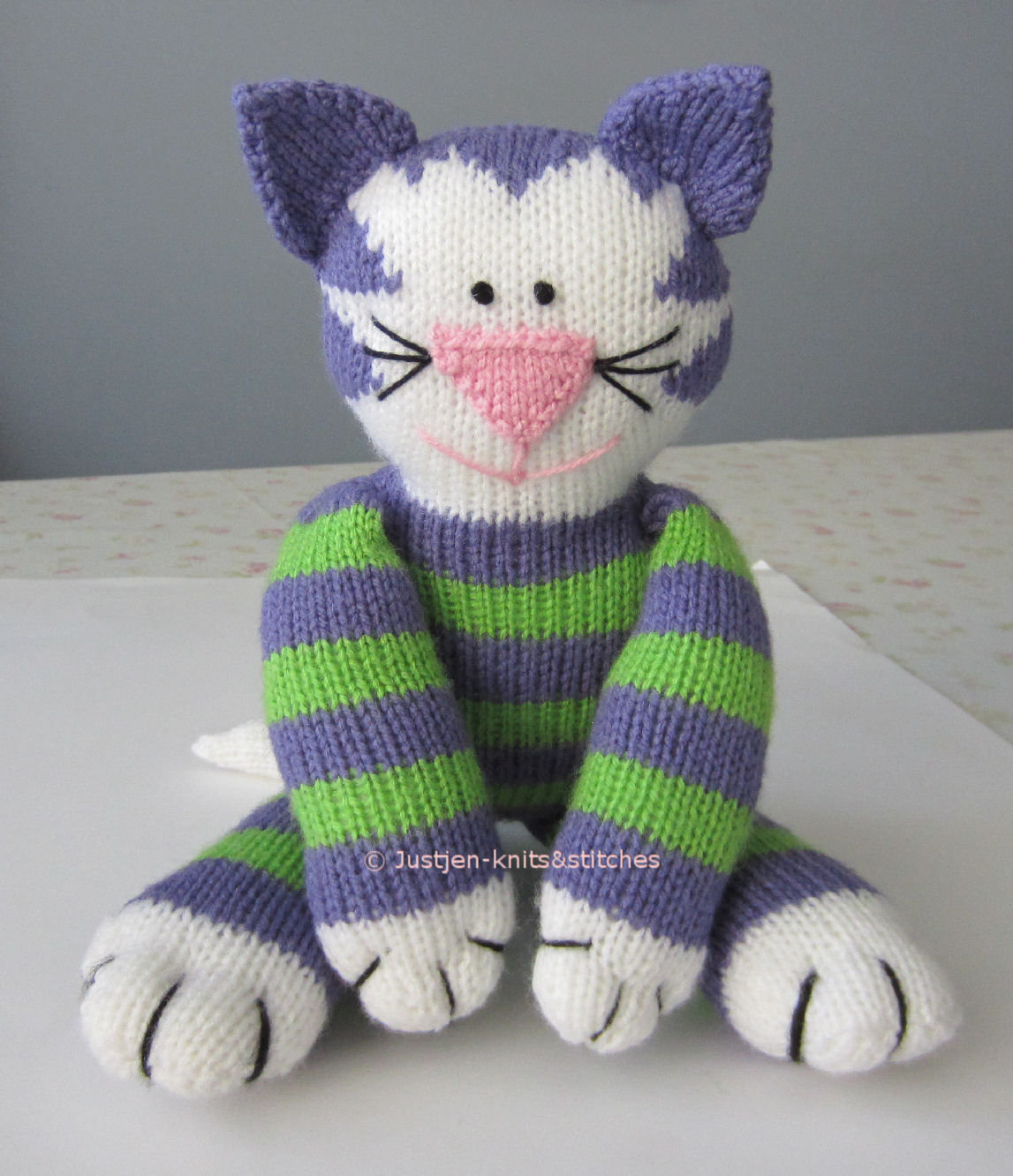 Justjen knitsstitches share kitty knitted cat pattern share kitty knitted cat pattern bankloansurffo Image collections