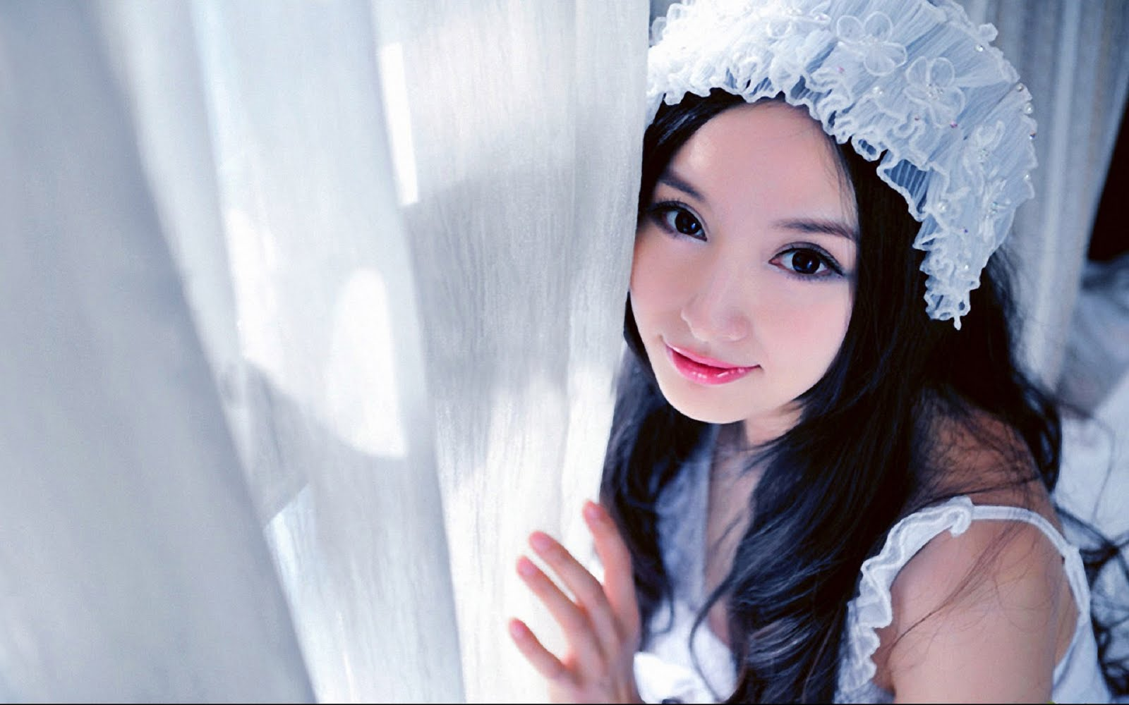 http://2.bp.blogspot.com/-tPBGK023e9Y/Td_3PCc0eXI/AAAAAAAAA0k/Ule9uvfHJZI/s1600/lin-ketong-cute-girl-wallpaper_1598x1064_84125.jpg