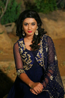 Actress Tejaswi Madivada Pictures in Salwar Kameez at Kerintha Movie Audio Launch 0033