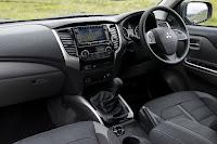 Mitsubishi L200 Series 5 Crew Cab (2016) Dashboard