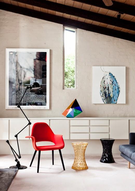 Wohnen mit Designklassiker: Eames Chair Stuhl von VITRA, Stone Hocker von Marcel Wanders KARTELL
