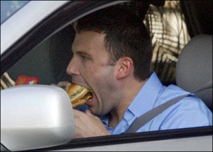 Ben Affleck Gobbling Up Some Burger