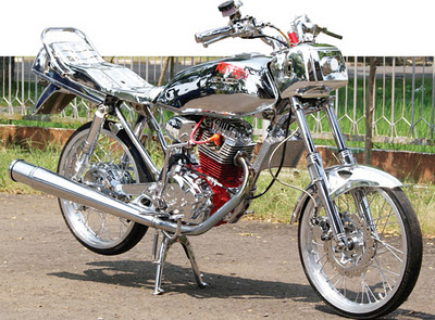 Modifikasi Motor GL Pro dari Honda Full Chrome