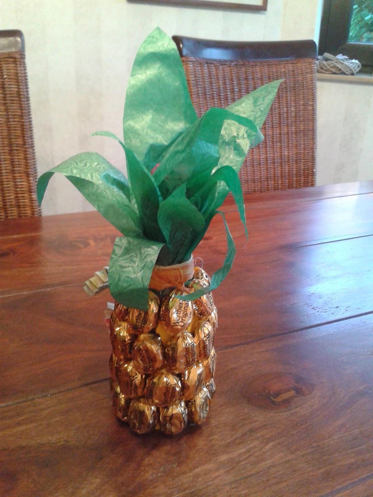 der ganz normale wahnsinn s sse sommer diy geschenk idee ananas. Black Bedroom Furniture Sets. Home Design Ideas