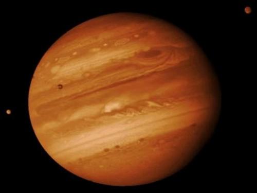 Radiasi luar biasa di orbit Jupiter