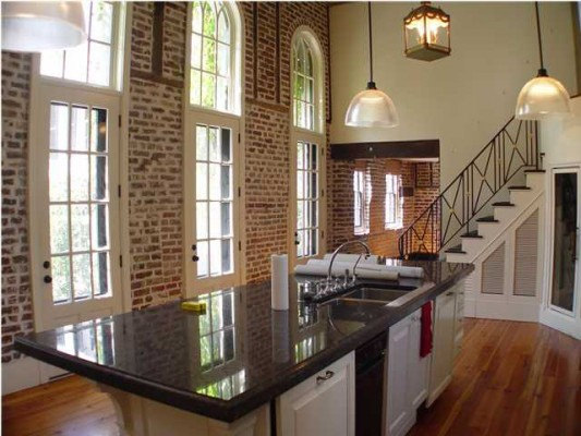 Exposed Brick And Plaster Walls For The Interior Design Of Your