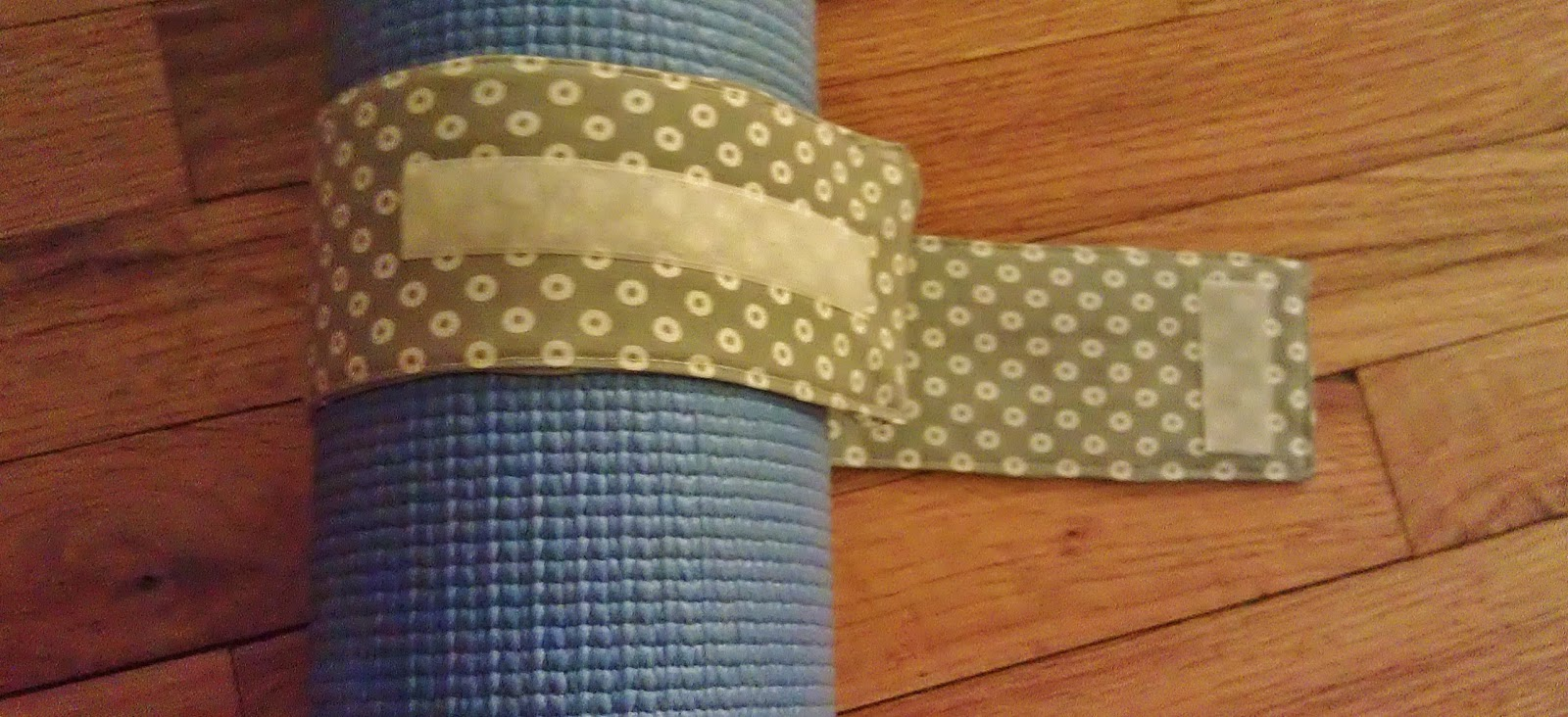 how to use a yoga strap for mat