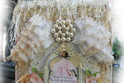Scraps of Elegance scrapbook kits: Renea Harrison created this shabby chic angel wings gift bag with our Lisa's Sweet September Kit.