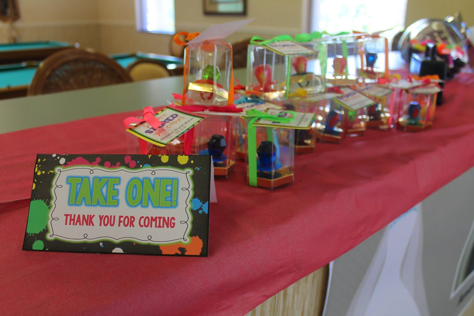 an 80s style bridal shower done to the max i found some of these fun 80s ideas from j at your service