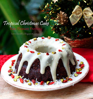 Tropical Christmas Fruit Cake with White Chocolate Raw Pleasure Frosting