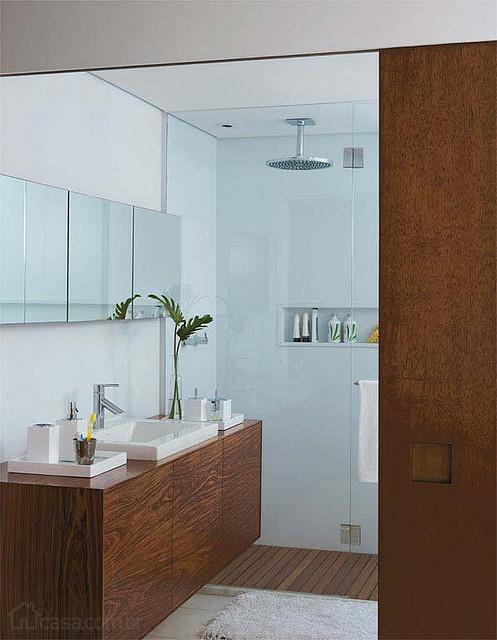 Portas de correr de madeira para banheiro -> Banheiro Pequeno Porta De Correr