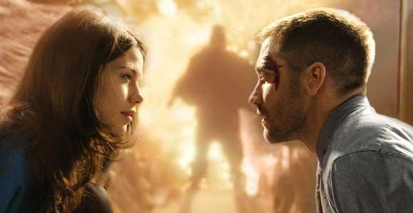 http://2.bp.blogspot.com/-tR3H0xQbhe8/TeuD50Dk-HI/AAAAAAAAAn0/en-QXFsZijo/s1600/critique-source-code-duncan-jones-film-jake-gyllenhaal.jpg