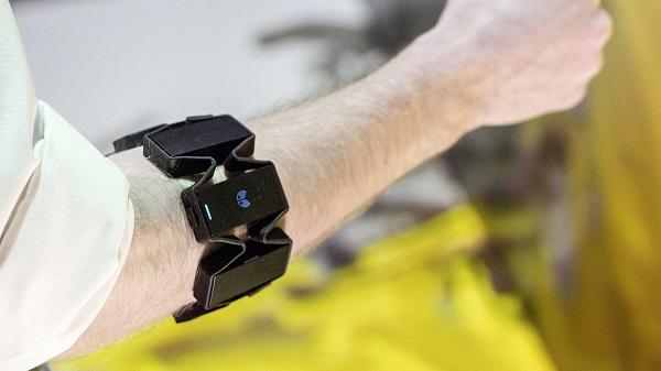 Audi pone a prueba el control virtual por gestos para la producción