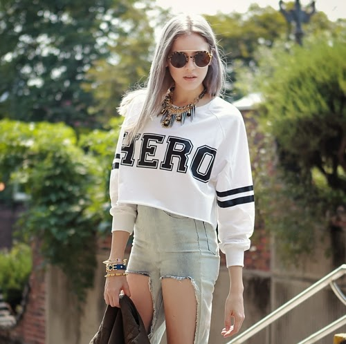 Retro Cropped Sweat Top