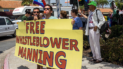 FREE WHISTLEBLOWER MANNING