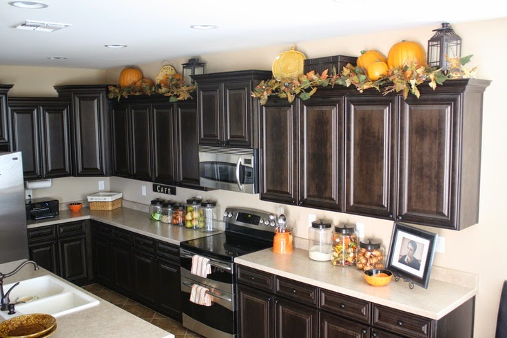 Kitchen Cabinet Decorations Top