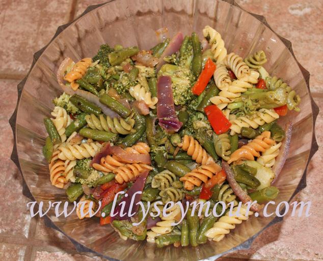 Crabs w/Warm Pasta Salad