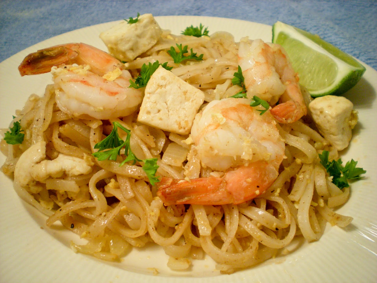 Random cuisine shrimp pad thai for About thai cuisine