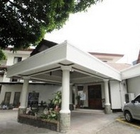 Hotel Ini Beralamatkan Di Jl Rawamangun No 59 Senen Jakarta Mungkin Jika Anda Ingin Berjalan Jalan Ke Plaza Atrium Jaraknya Cukup Dekat Dengan