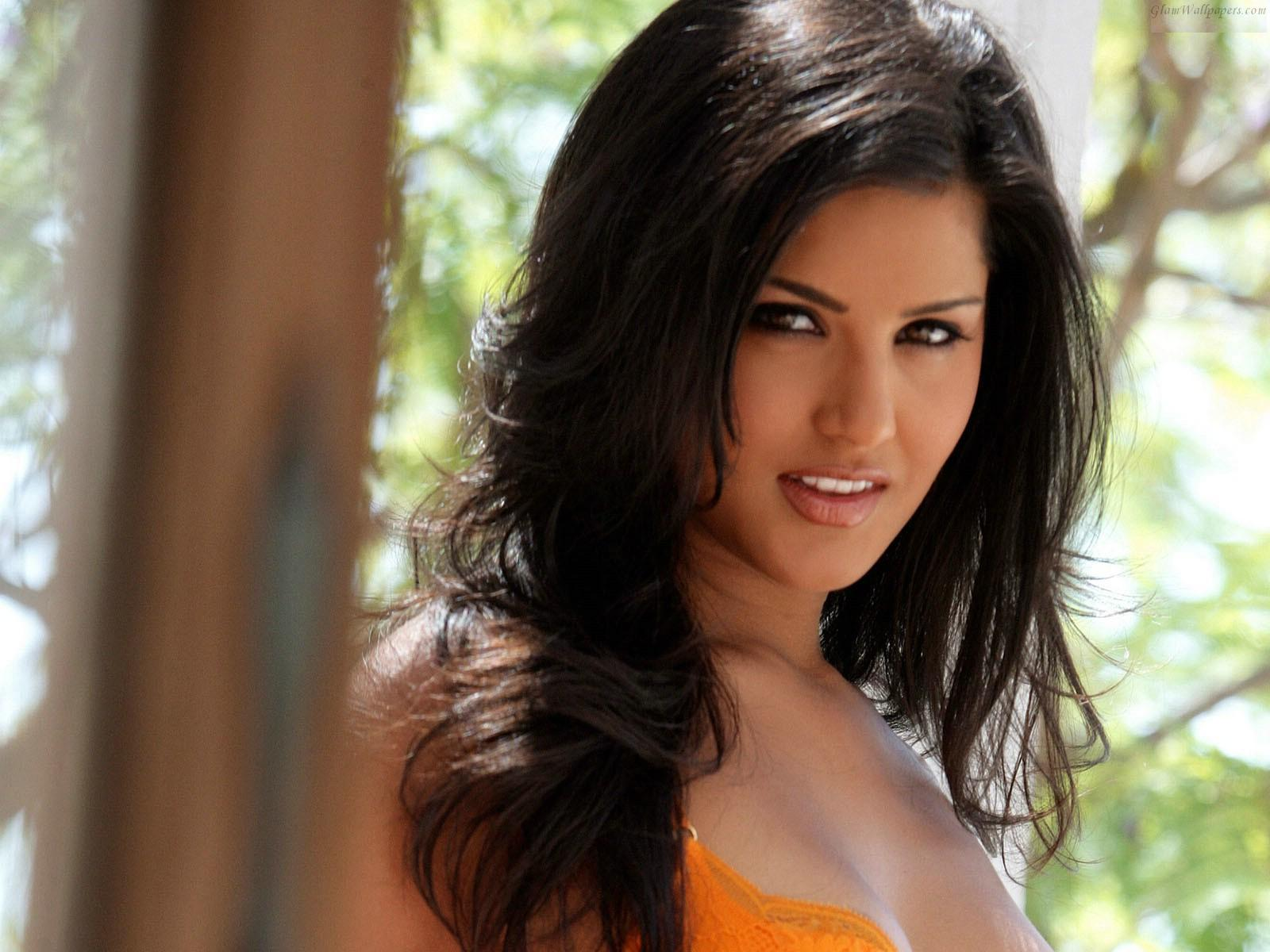Latest Sunny Leone Hd Wallpapers Free Download Full Hd