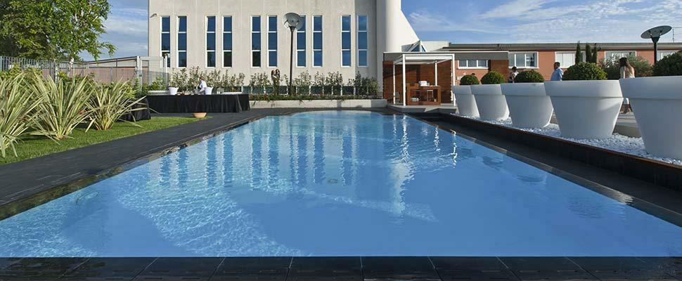 Aus p a m f expo dal 1973 i professionisti dell 39 outdoor - Pavimentazione per bordo piscina ...