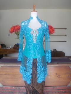 Model Baju Kebaya Modern Terbaru 2014
