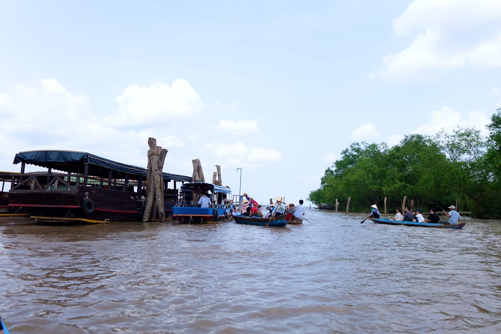 touring Mekong Delta Vietnam 2015