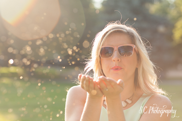 Glamour photography gold glitter, bokeh, sunlight, summer, mint dress, sunglasses, S.C. Photography