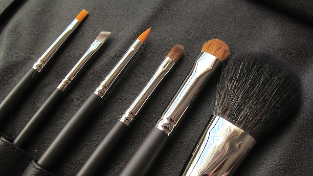louise young makeup brushes