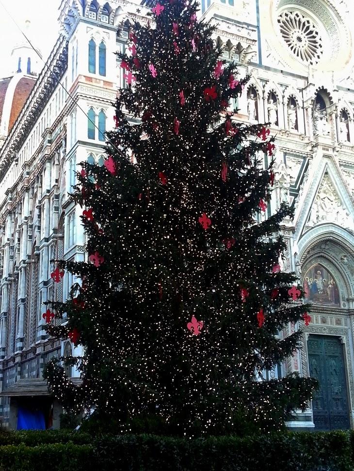 Firenze Albero Natale simbolo Firenze Christmas Tree Santa Maria del Fiore thesparklingcinnamon