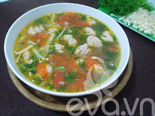 Canh chua giò sống nóng sốt đưa cơm