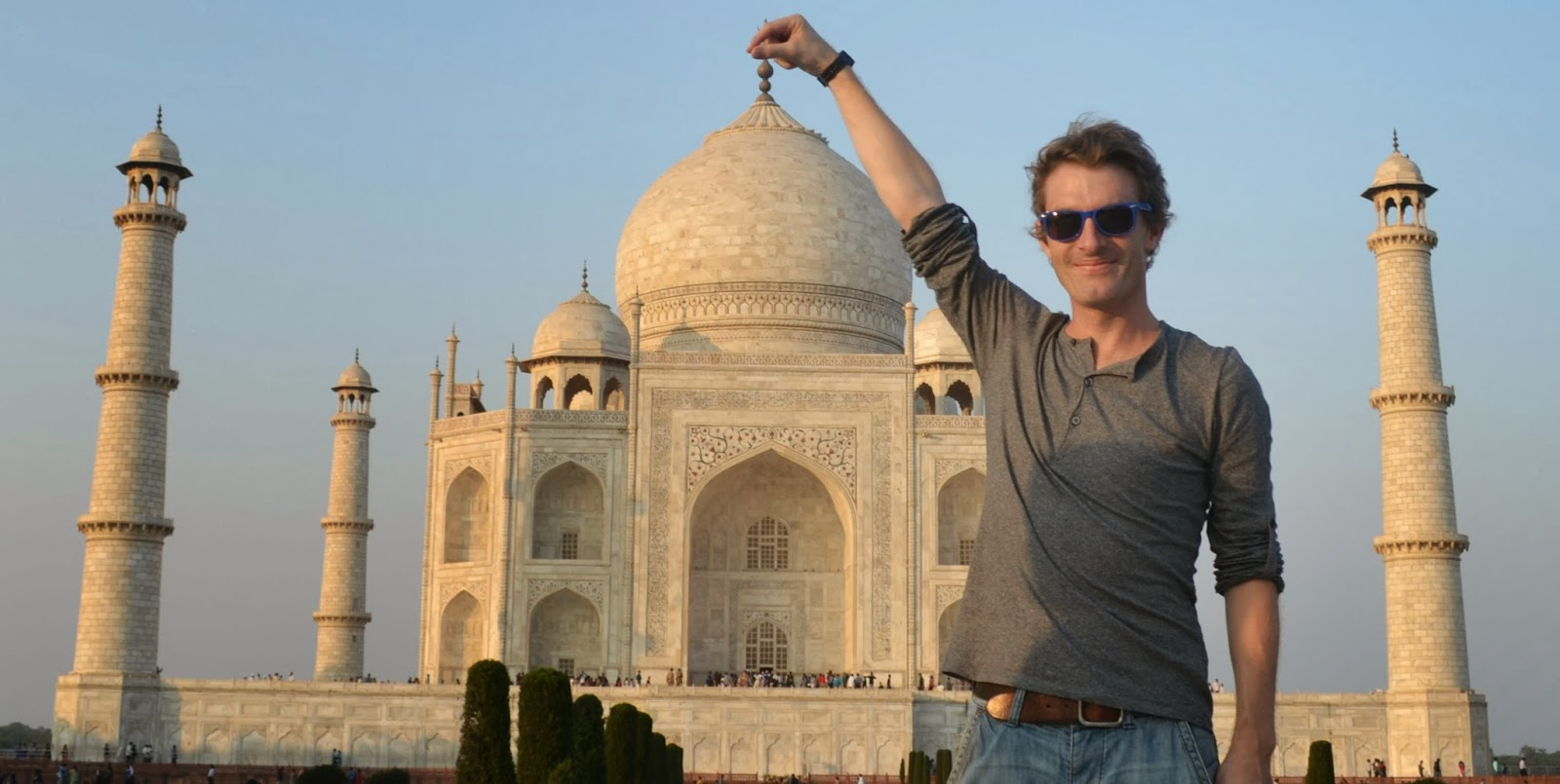 Steve holding the Taj Mahal