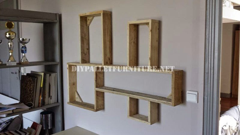 Estanter a de dise o hecha de tablas - Estanterias diseno pared ...