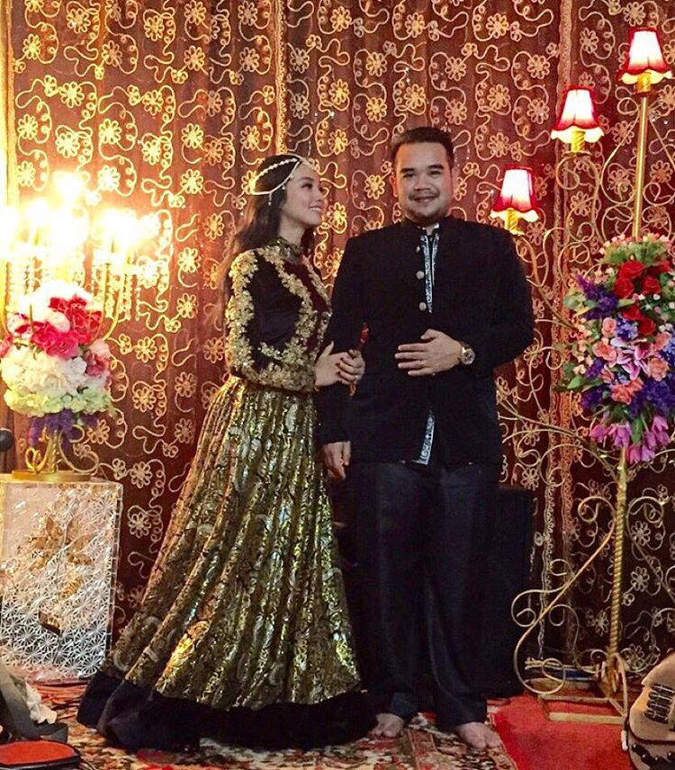 Foto Pernikahan Tya Arifin dan Asyraf Khalid