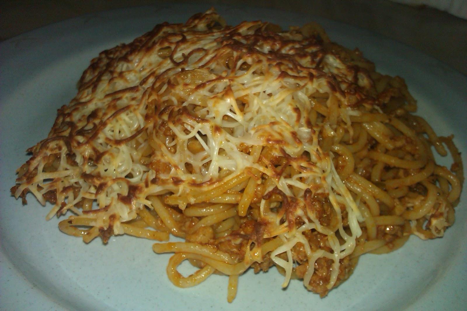 Elenita cocina espaguetis bolo esa for Cocinar tintorera