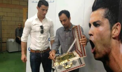 Al Quran Bahasa Portugal Hadiah Untuk Ronaldo